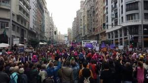 Manifestación 28 de Septiembre por el derecho al aborto en su paso por Gran Vía.